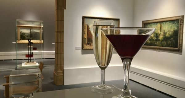 Cocktails in the art gallery